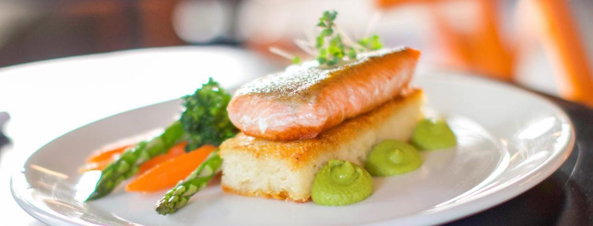 5 Romantic Restaurants in Canmore
