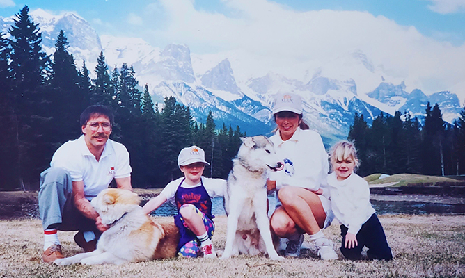 Arsenault Family Photo in Canmore, Alberta